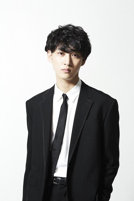 上杉柊平プロフィール写真