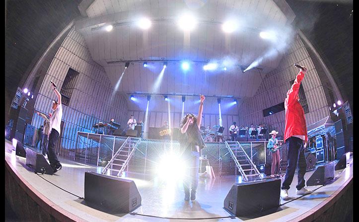 スチャダラパーEGO-WRAPPINを迎えた新曲も披露!「ライブ 2017年 野音の旅」レポート
