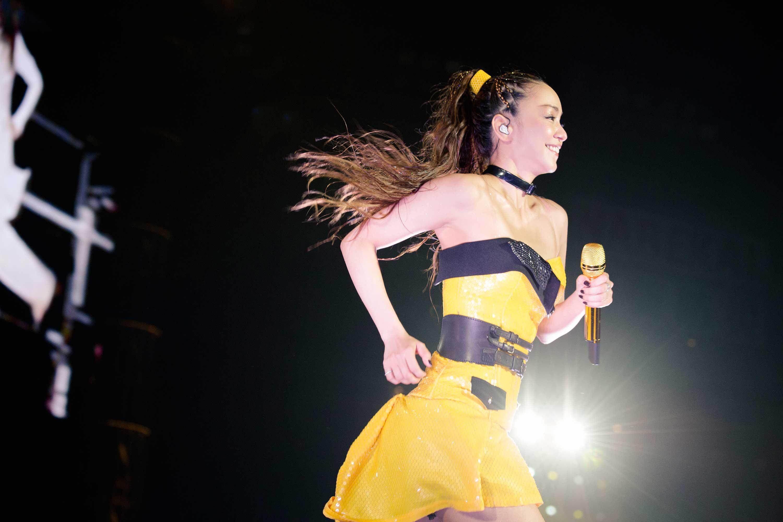 安室奈美恵、最後の全国ツアー終える。最多80万人動員に。